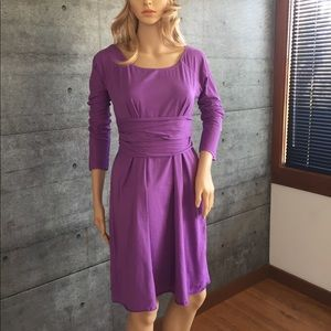 Velvet  grape cotton scoop neck dress with sash. M